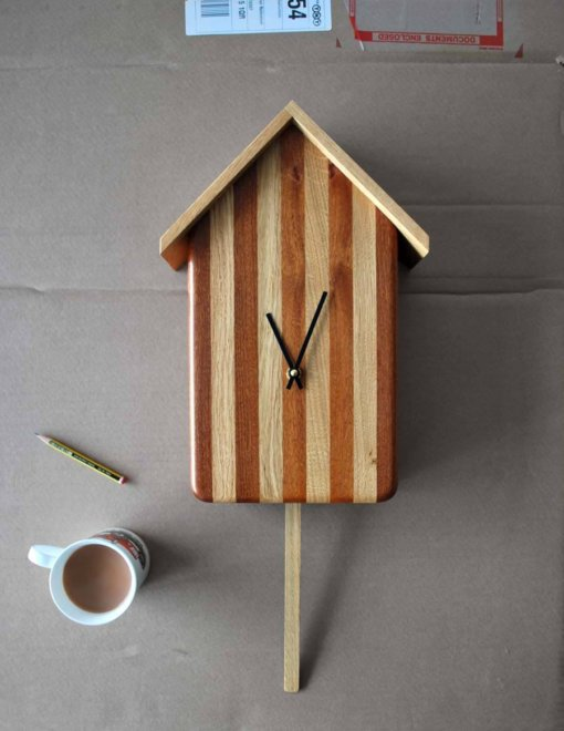 Cuckoo-less Clock handmade in Oak and Utile